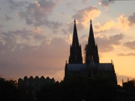 The Dom cathedral in Koln by Kitty-Kibbles