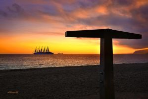 under sails by hotonpictures
