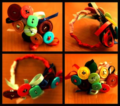 button bracelet by Ula-Poppy