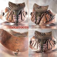 Megatooth Shark Tooth Bracelet by popnicute