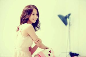 Yoona brightest by Zephyrie