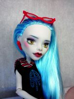 Ghoulia Yelps Monster High repaint by AshGUTZ