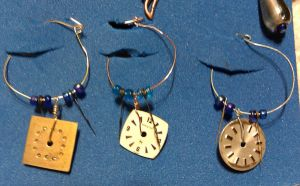 Steampunk Watch Dial Wine Tags by Linarien