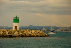 To the sea by goucha
