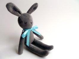 small grey bunny by gurliebot