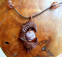 PENDANT WITH AGATE by MassoGeppetto