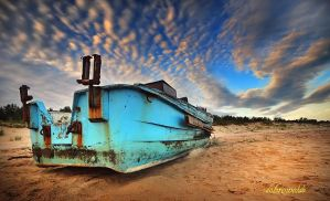 blue boat by hotonpictures