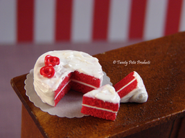 Red Velvet Cake by birdielover