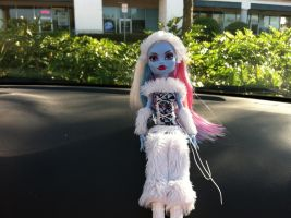Abbey bominable doll by Sarahthekiller17