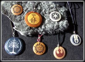Symbol pendants by SvenjaLiv