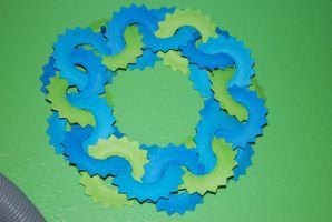 18 X 18 Saw Wreath by metranisome