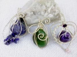 Mineral stone pendants by Mirtus63