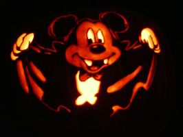 Mickey Vampire pumpkin by kenklinker