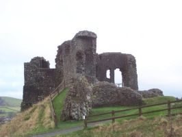 LD Kendal Castle Ruins 2 by wilterdrose-stock