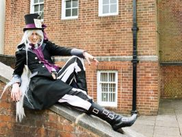 Mad Hatter Undertaker Cosplay by hesperi