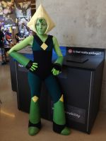 Peridot Cosplay Anime Evolution 2015 by HamsterParade