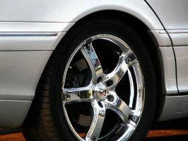 Mercedes - Benz S-class wheel by ShadoWpictureS