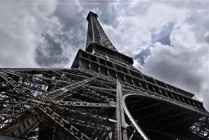 Eiffel Tower by Unholy-God