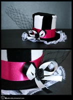 +__ Gift to Kirsten: Tophat by Macabreskiss