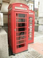 London 23 Telephone booth by Gwathiell