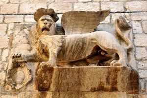 Venetian lion - Hvar Town by wildplaces