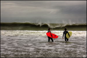Surfing in Vendee by Moricettekipukipete