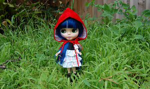 Little Red Riding Aurora by lacerate666