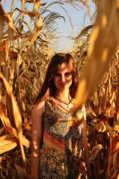 Mariana and the cornfield by Wendyiss