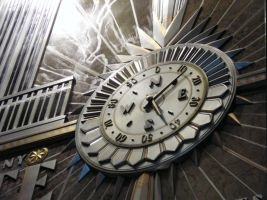 Empire State Clock by hecestmoi