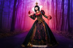Red Queen - Alice: Madness Returns by yayacosplay