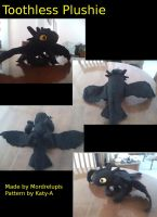 Toothless Plush by mordrelupis
