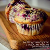 buttermilk muffins with forest fruits by Pokakulka