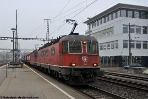 SBB Re 6-6 11615 + Re 4-4 II 11334 by SwissTrain