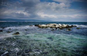 Coast of Nessebar II by hiddenhallow