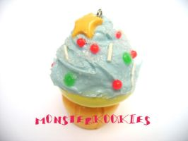 Starry Cupcake Keychain by monsterkookies