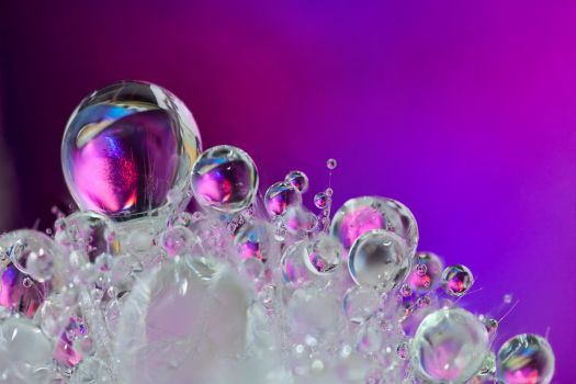 Droplets by knold