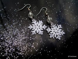 Snowflakes Earrings by ThinkSweet