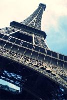 iPhone Wallpaper: Tour Eiffel by getILLUSIONIZED