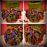 Jungle vase by Intellexia