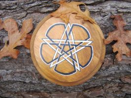 Knotted Pentacle Altar Tile by sesshys-jaded-samuri