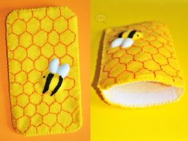 bee telephone cover by cihutka123