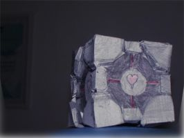 Companion Cube Papercraft by Roadstar91
