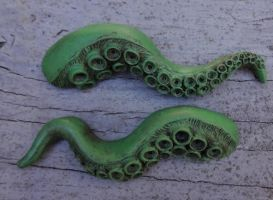 Cast tentacle barrette by missmonster