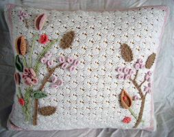 Crochet Art Nouveau Pillow by meekssandygirl