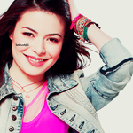 Miranda Cosgrove.Display.2 by SoNaturallySG