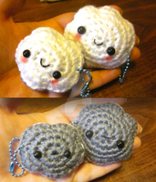 Double Kawaii Happy Meh Cloud Amigurumi Key Chain1 by Spudsstitches