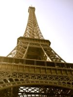 Eiffel Tower by avril72381