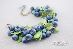 Bracelet with blueberries from polymer clay by polyflowers
