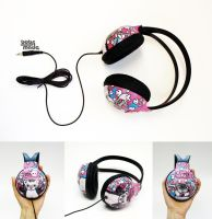 Nienkes Pets Headphones by Bobsmade