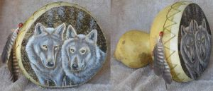 Two Wolves gourd by wendyf